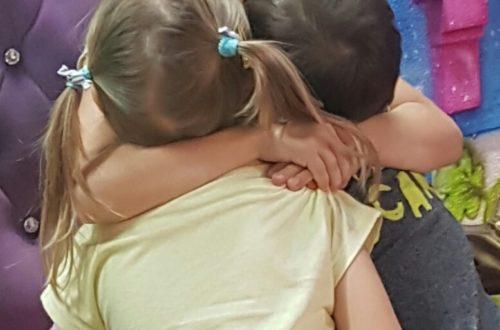 Jak nauczyć dziecko przepraszać?